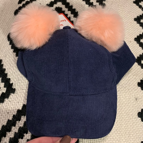 Other - NWT kids navy pompom hat